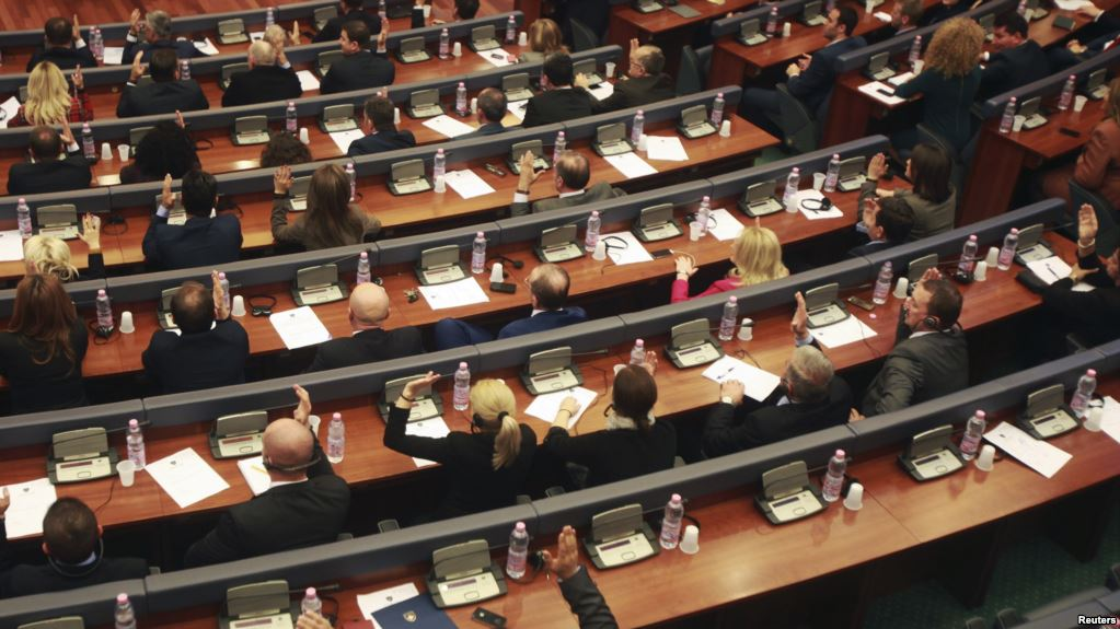 Kompromis politik për tejkalimin e krizës