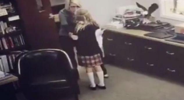 Reagimi i kësaj vogëlusheje do t'ju bëjë të derdhni lot lumturie