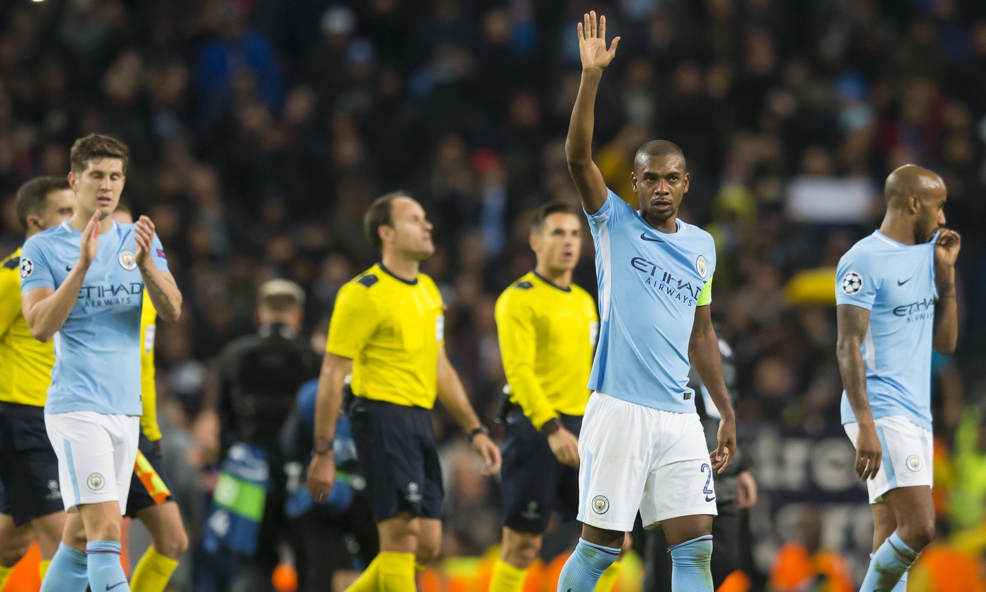 Paqe mes Realit dhe Tottenhamit, City mposht Napolin
