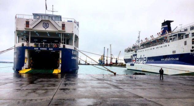 Ndalohet në Durrës familja turke, drejt Italisë me pasaporta false