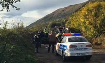 Tragjedi në Lezhë, shkëmbi zë poshtë makinën, 3 të vdekur