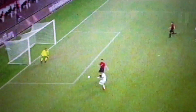 Çmenduri në Antalia, Shqipëria shënon golin e tretë /Shijojeni