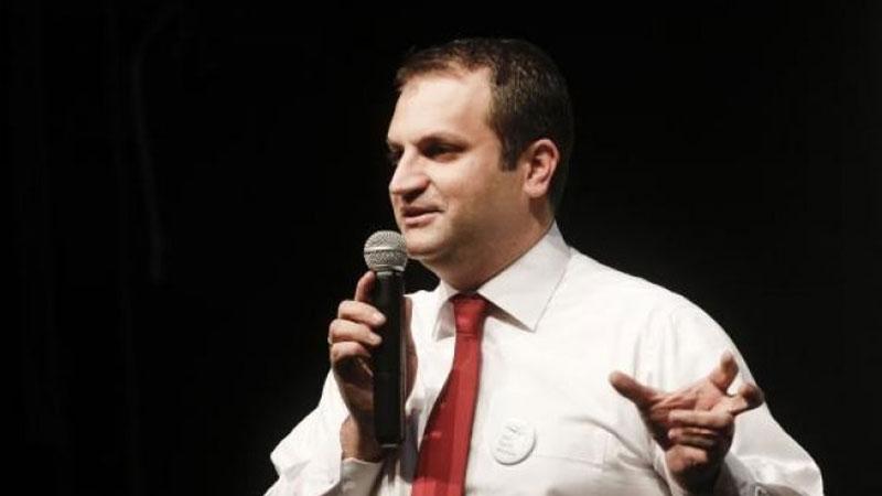 Shpend Ahmeti rikonfirmohet si kryetar i Komunës së Prishtinës