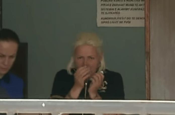 """""""E tmerrshmja"""" që vodhi gruan e zyrtarit të Policisë """"godet"""" sërish, 2 ditë pasi doli nga burgu"""