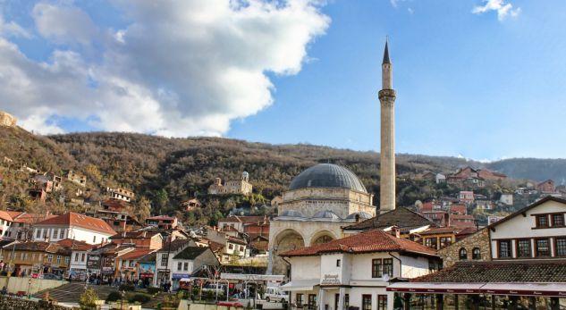 Prizreni, bazë e trafikut të shtetasve turq drejt Evropës