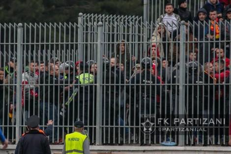 Policia masakron dhëndrin e Starovës para ndeshjes, ai HAKMERRET duke…