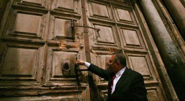 Kjo familje myslimane ruan çelësat e varrit të Jezu Krishtit