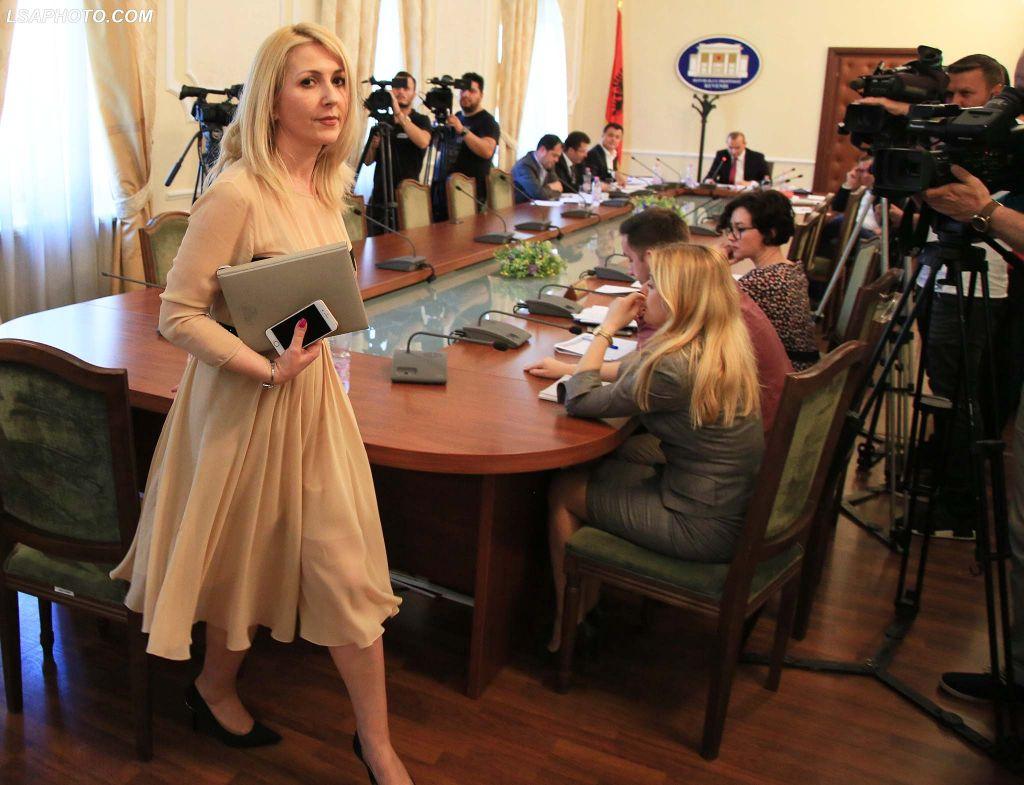 Shqiptari masakrohet me thikë në mesnatë /Emri i të riut