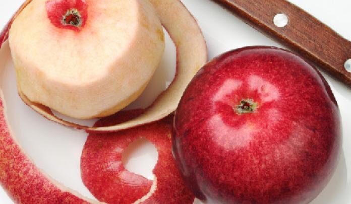 E mrekullueshme! 8 sëmundjet që shëron lëkura e mollës