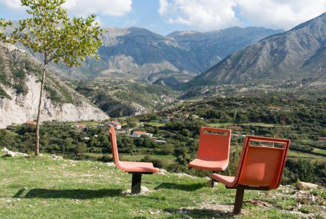 """""""Peisazhe fantastike"""", Gazeta austriake: Thesaret e Shqipërisë jashtë kryeqytetit"""