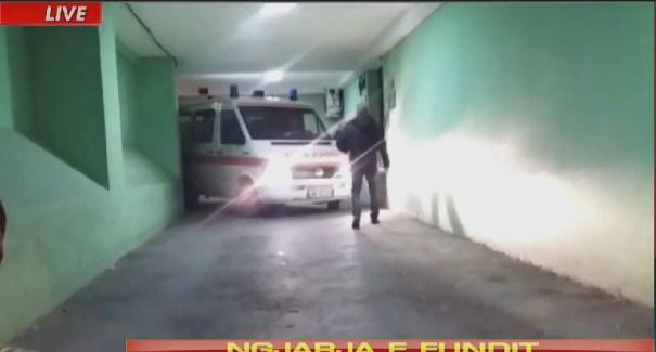 Vrasje mafioze ne ish-bllok, viktima lihet ne trotuar /Foto