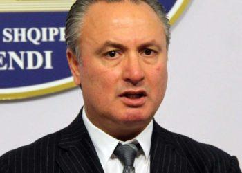 Dosja/ Nuk deklaroi dënimin në Itali, ish-deputeti i Vlorës në gjykatë