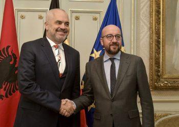 5 vendet evropiane që mund të kërkojnë rikthimin e vizave për shqiptarët: Na mbyti krimi
