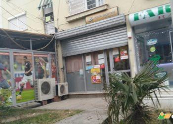 Grabitet posta në Tiranë, autori plagos me thikë punonjësen