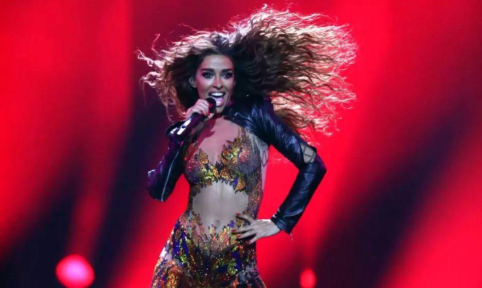 Diva që përfaqësoi Qipron i mbyll gojën grekëve: S'është turp, jam krenare që jam shqiptare