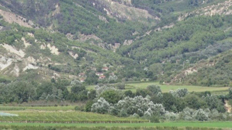 Fshati në mes të Shqipërisë pa rrugë  askush nuk pranon të shkojë nuse  50 vjeçarët beqarë dhe pa familje