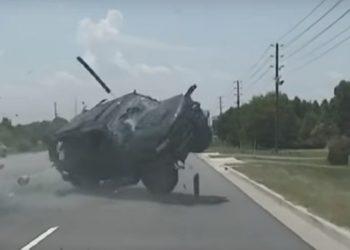 """Ndjekje si në filma, policia përplas makinën shoferja """"fluturon"""" nga dritarja (VIDEO)"""