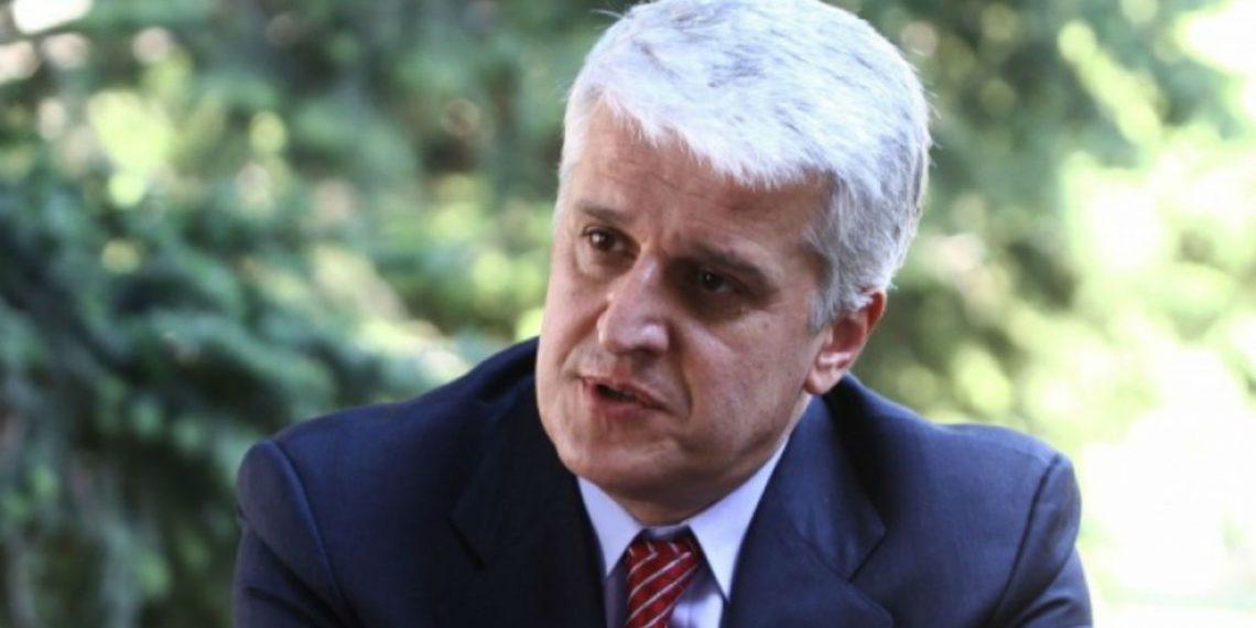 Majko përfshihet në debatin e kufijve: T'i thotë dikush Gjuriqit se Jugosllavia nuk ekziston më
