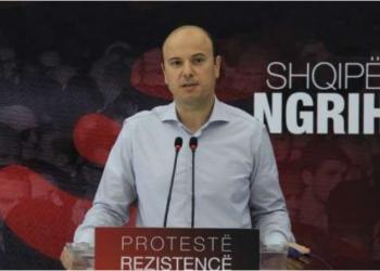 Deputeti socialist acarohet keq me dhëndrin e Berishës, plasin sharrjet