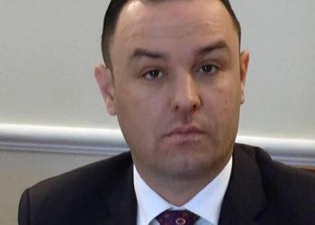 """""""Je anëtar i bandës së Shullazit"""", reagon deputeti socialist pas akuzave: Nuk do e arrini qëllimin"""