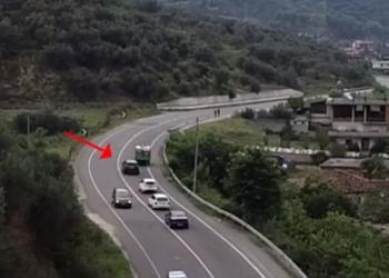 Vijnë kohë të këqia për shoferët problematikë: Policia nis kontrollin me dron nga ajri!