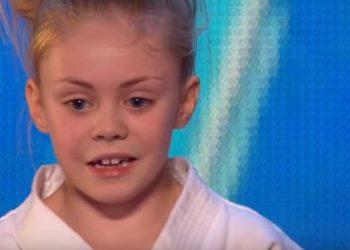 Vajza e lezetshme 9 vjeçare që la pa fjalë jurinë në talent show, publiku i ngrihet në këmbë (VIDEO)