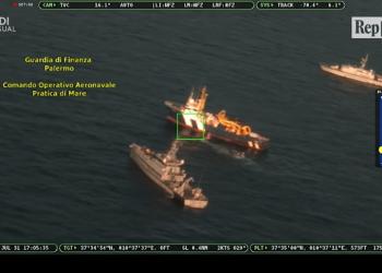 Kapet 20 ton hashash në anije, vlera 200 milionë euro (VIDEO)