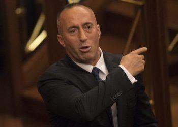 """Haradinaj ja merr këngës """"Shqipëri moj trime, të ka zili bota"""" (VIDEO)"""