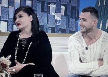 """""""Mam, me zor e kam mbyll këngën për ty sepse vetëm qaj"""" (FOTO)"""
