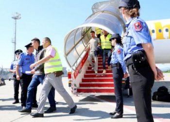 Shqiptarët, rekord aplikimesh për azil në Europë