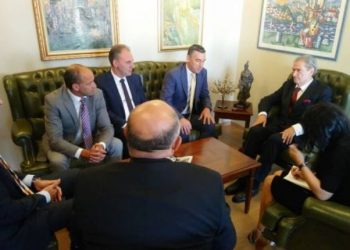 Berisha bën thirrje për unitet në Kosovë, a do ta bind LDK-në të shkojë në bisedime?
