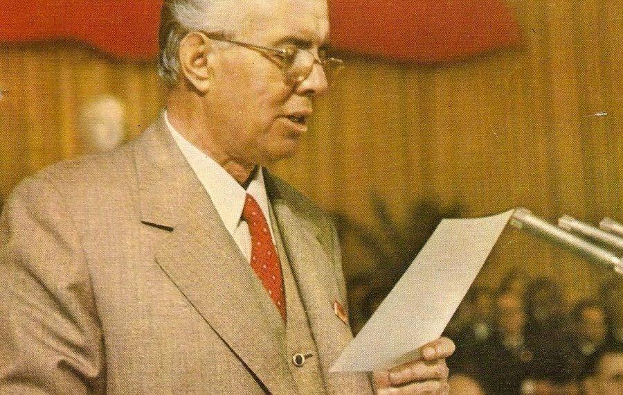 DOSJE/ Zbulohet dokumenti i rrallë i qeverisë amerikane: Ja si i shfrytëzon Enver Hoxha me punë të detyruar kundërshtarët politik