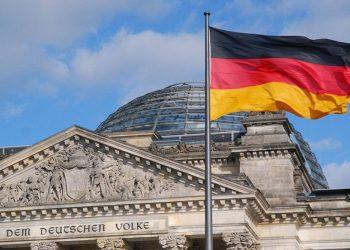 A do të lejohen azilkërkuesit shqiptarë të punojnë në Gjermani? Vjen përgjigja