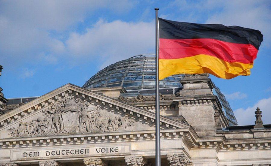 Zv ministrja paralajmëron shqiptarët  Ky ligj në Gjermani iu dogji shpresën