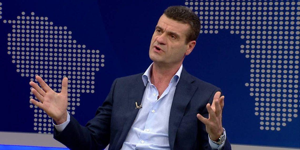 Patozi flet me emra: Vetëm dy oligarkë ka në Shqipëri, Basha pret radhën pas ferrës