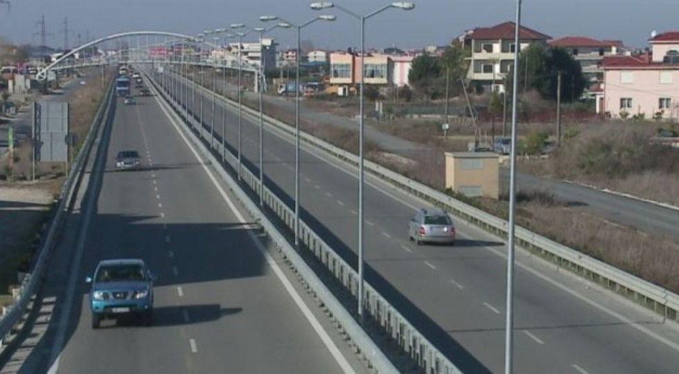 Autostrada Tiranë – Durrës me pagesë, reagon ministria e Infrastrukturës