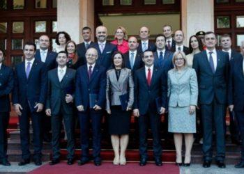 Deklarata shpërthyese e gazetarit: Nesër kërkesa për arrestime deputetësh