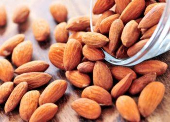 Si të zvogëloni dëmin që sjell sheqeri duke ngrënë këto ushqime