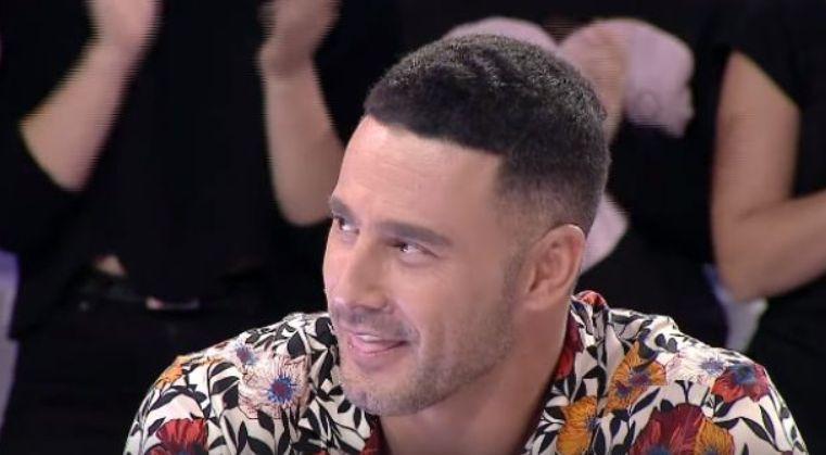 """Arian Çani befason Robert Berishën, i'a sjell """"Tunën"""" në emision (VIDEO)"""