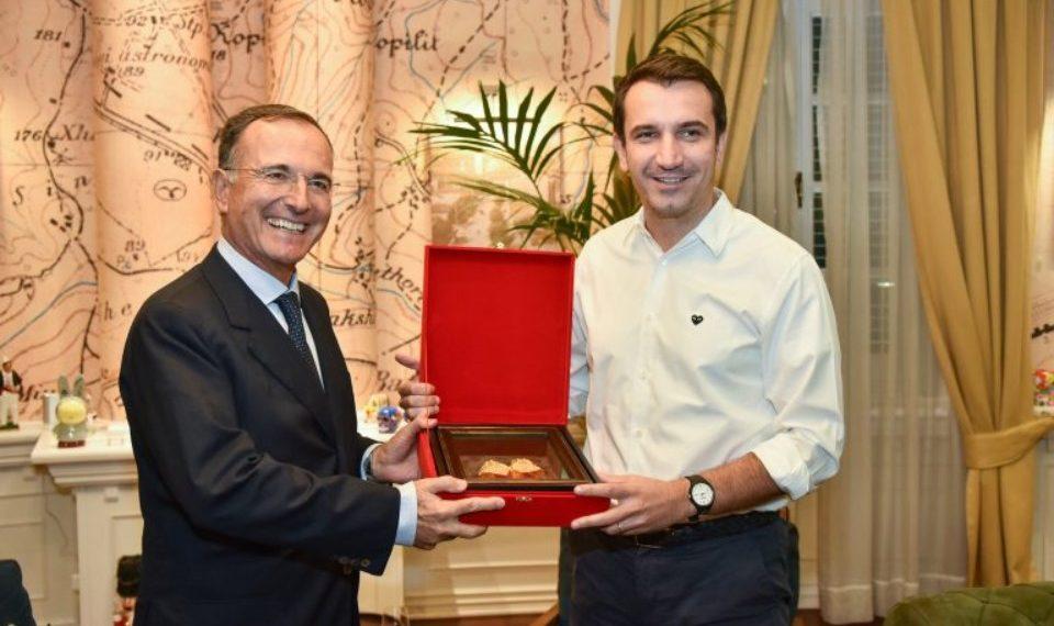 Veliaj pret ish-ministrin italian të Punëve të Jashtme (FOTO)