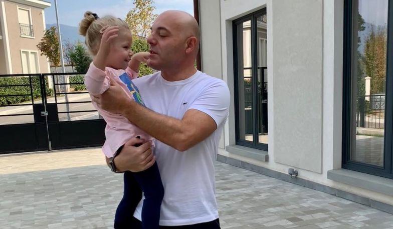 """""""Zot na ruaj!"""" Blendi Fevziu tregon historinë shqetësuese me të bijën (VIDEO)"""