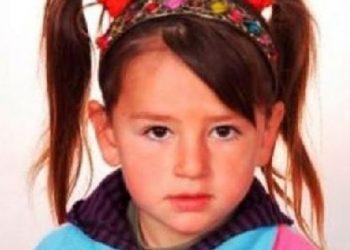 Historia e Bleona Matës, rrëfehet nëna: Është në Itali, e ka adoptuar një grua