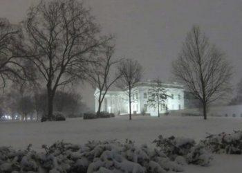 Pas 20 vitesh borë në Washington, mbulohet Shtëpia e Bardhë