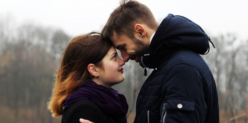 Prej vitesh në lidhje me vajzën e re, emigranti shqiptar shokohet nga ajo që zbulon