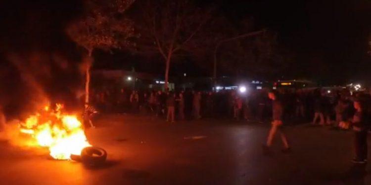 Protesta e banorëve të Unazës së Re: Jemi qytetarë, nuk jemi shpellarë (VIDEO)