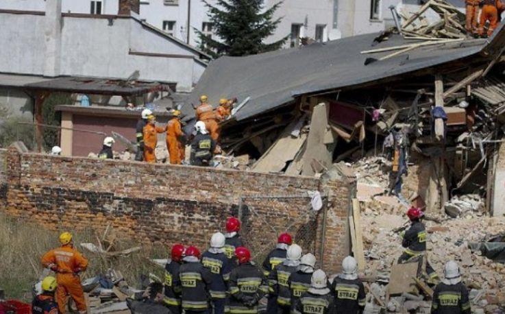 Tragjedi e frikshme në Francë, shembet një pallat 5 katësh