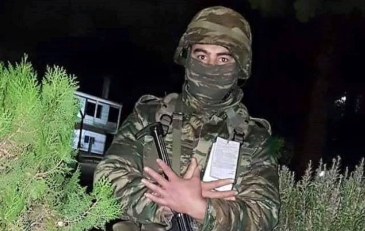 Bëri shqiponjën, ushtari me origjinë shqiptare çmend mediat greke (FOTO-VIDEO)