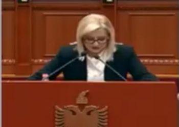 Me lot në sy, Lindita Nikolla mban fjalimin e lamtumirës në Kuvend? (VIDEO)