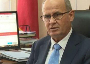 Çmenduritë e arsimit në Shqipëri, rektori Mynyr Koni merr 11 rroga