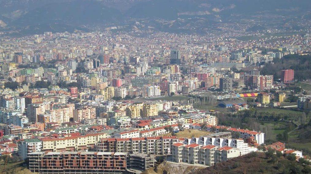 """Shtëpitë pa """"letra"""", ja sa shqiptarë nuk vërtetojnë dot pronësinë për banesat e tyre"""